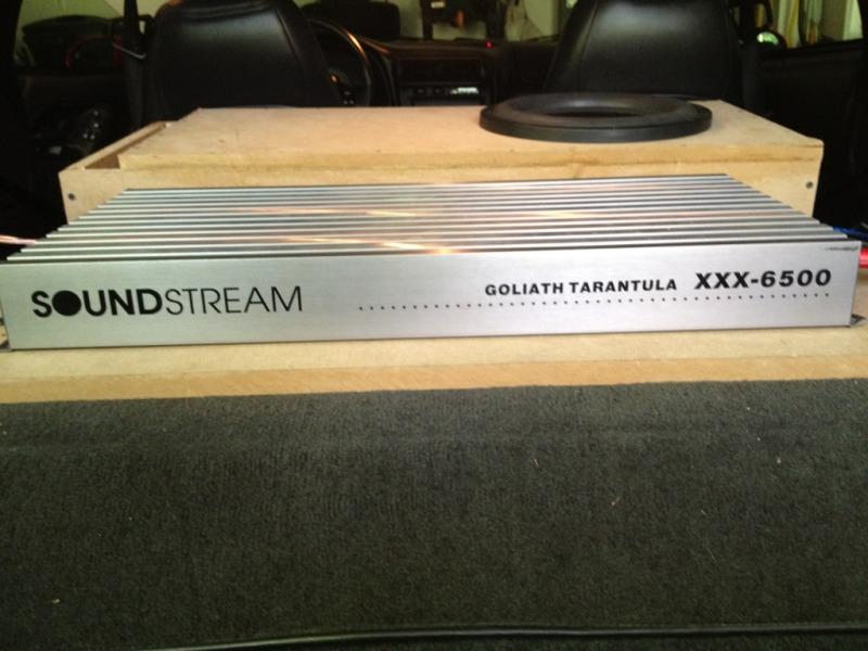 soundstream Amp