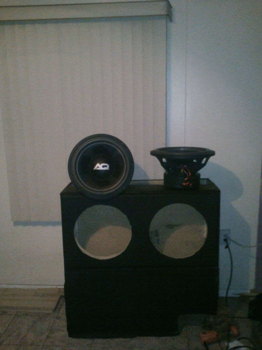 2 audioque hdc a 3 in a 9.2 cubic foot box tuned to 34  hz for my 2003 aurora