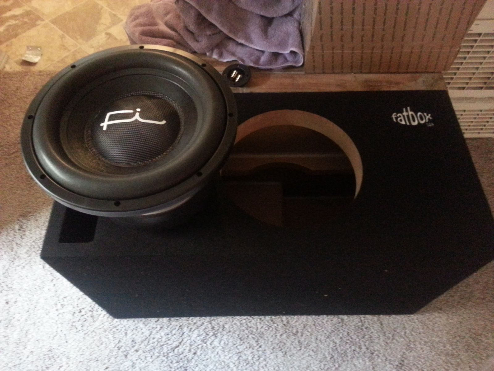 Subwoofer/Speakers