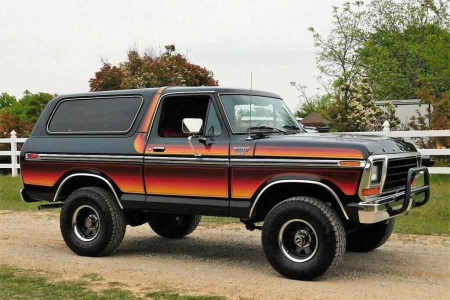 1978-ford-bronco-xlt-free-wheeling-edition-black-1389785744_large.jpg.077ac268f9b96a4258fa860da12f53d1.jpg