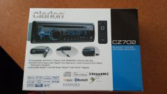 Clarion CZ702